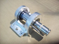 Upper Bearing Assembly for Hobart 5700, 5701 & 5801 Meat Saws. Replaces 292275